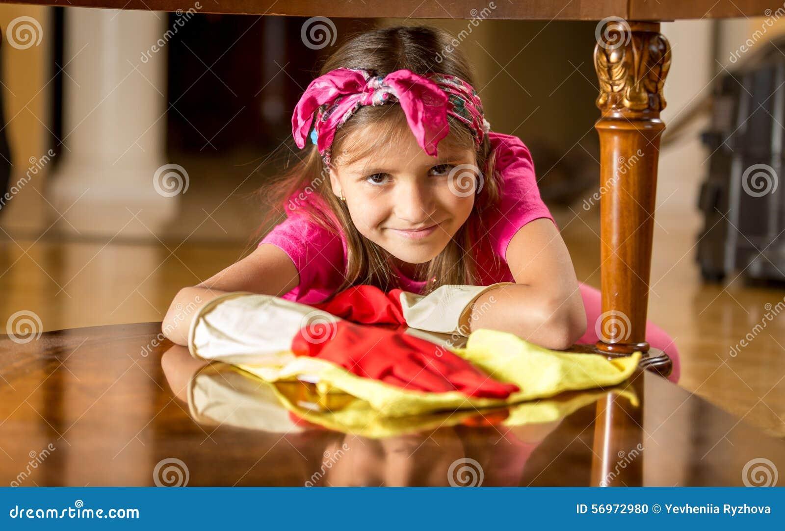 фото девушек резиновых