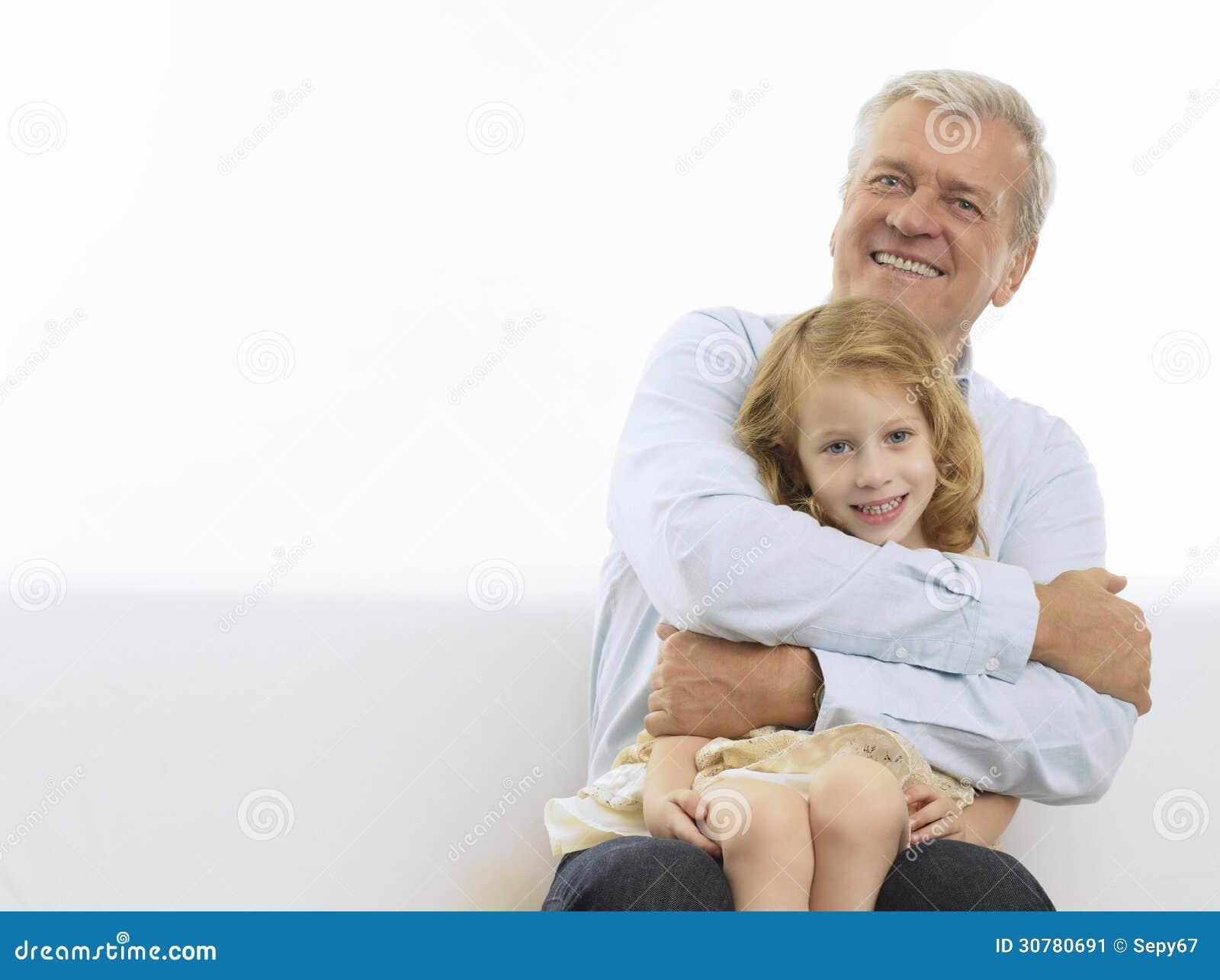 Старик и внучка