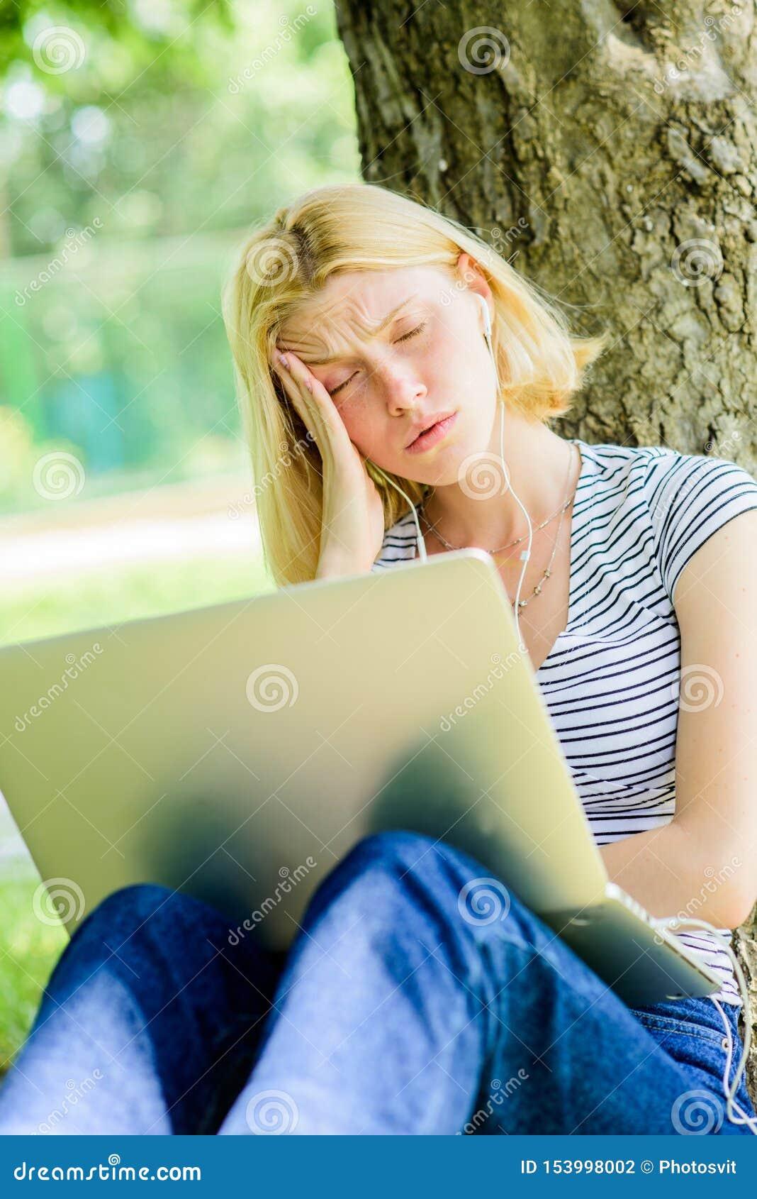 Фото уставших от работы девушек контрольная работа 1 по информатике информационные модели