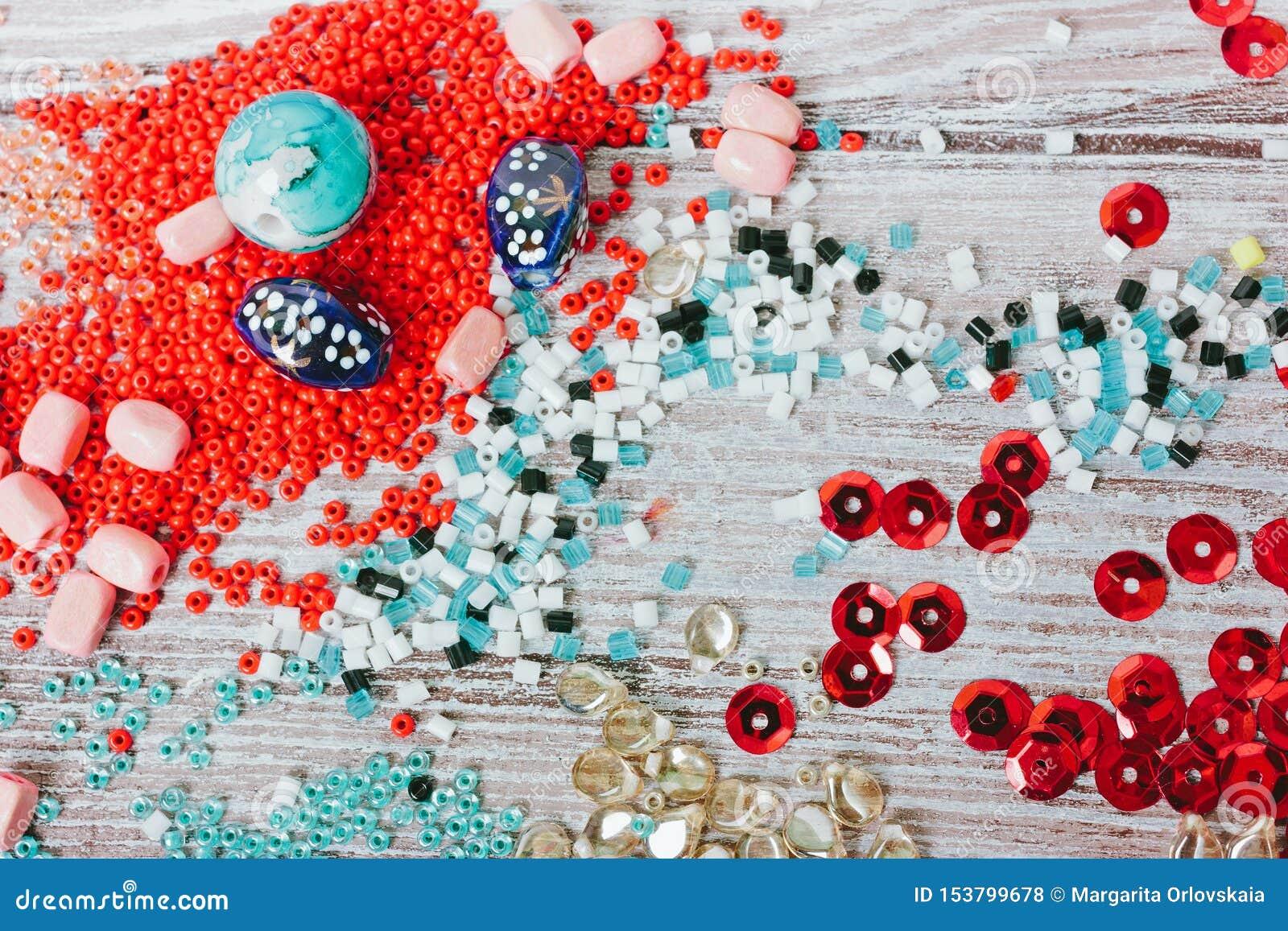 Установите пестротканых шариков r