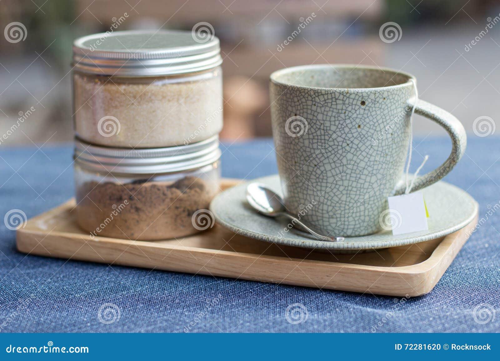 Download установите чай стоковое фото. изображение насчитывающей ложка - 72281620