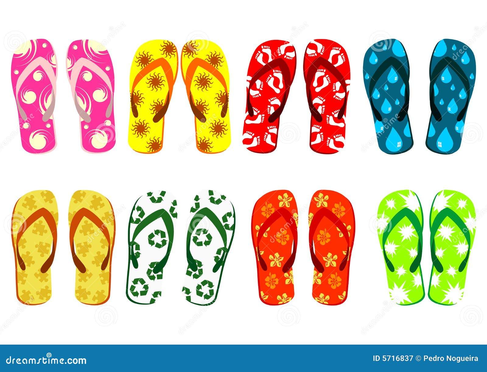 установленные сандалии пляжа