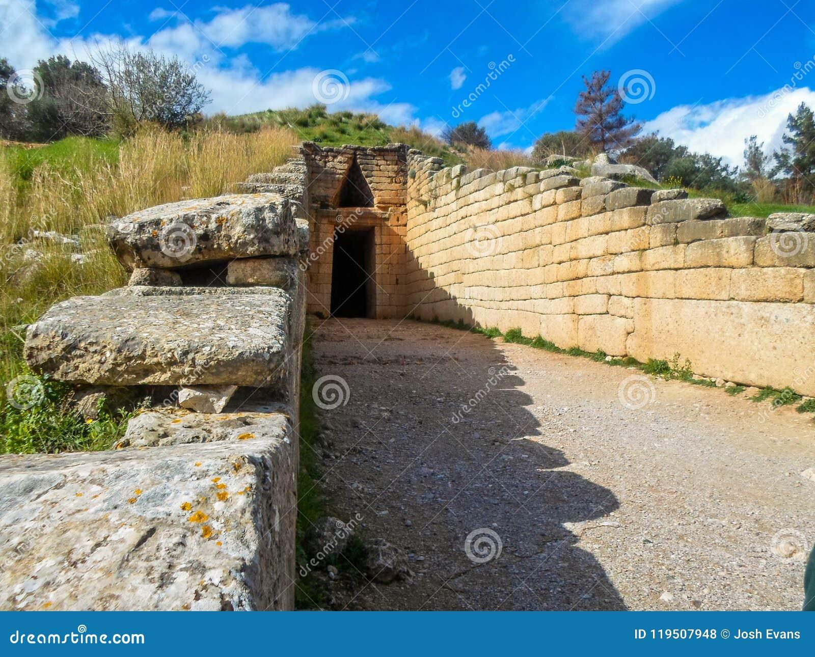 Усыпальница Agamemnon, Mycenae, Греция