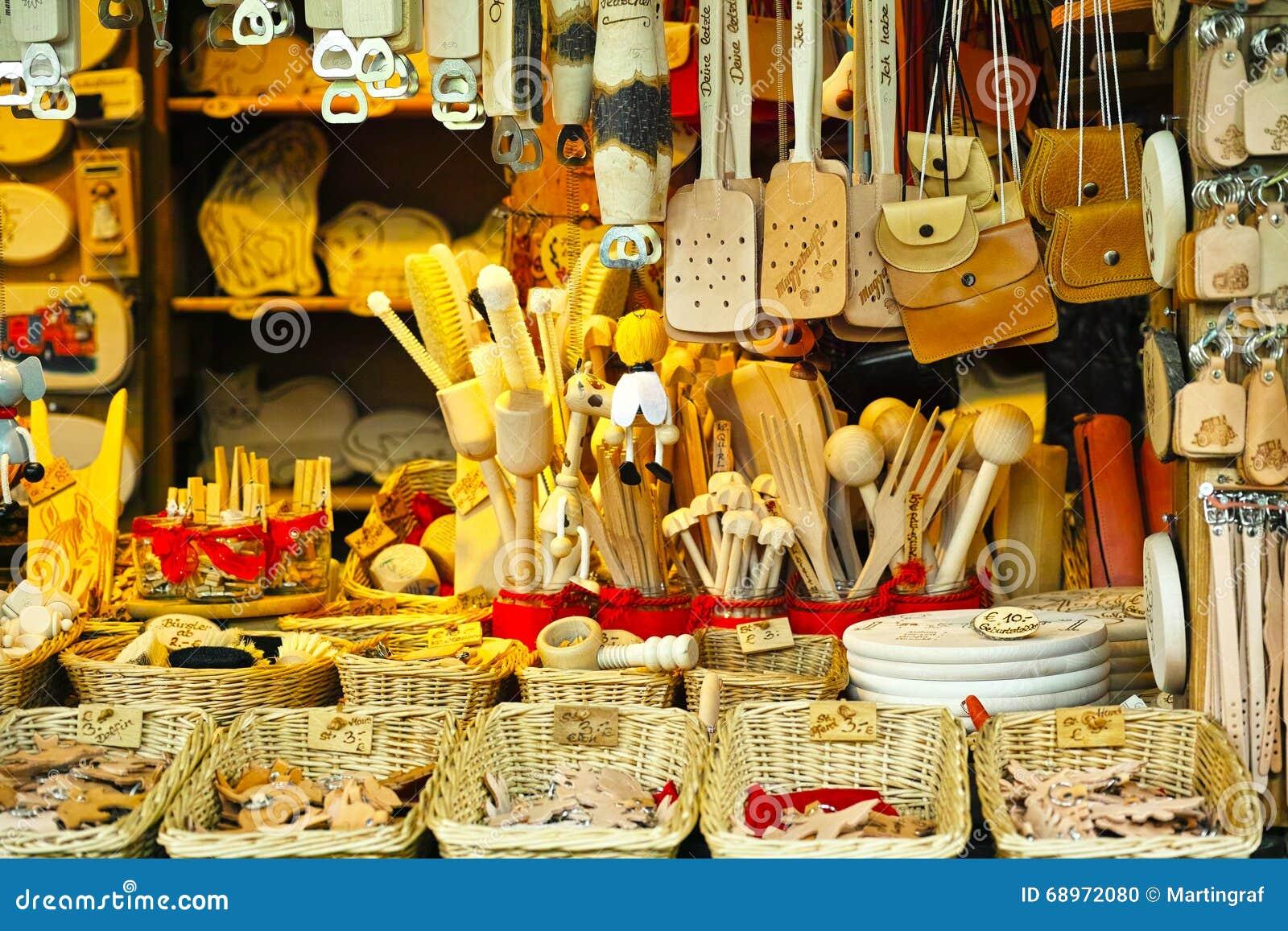 Утвари кухни стойла рынка и кожаные товары