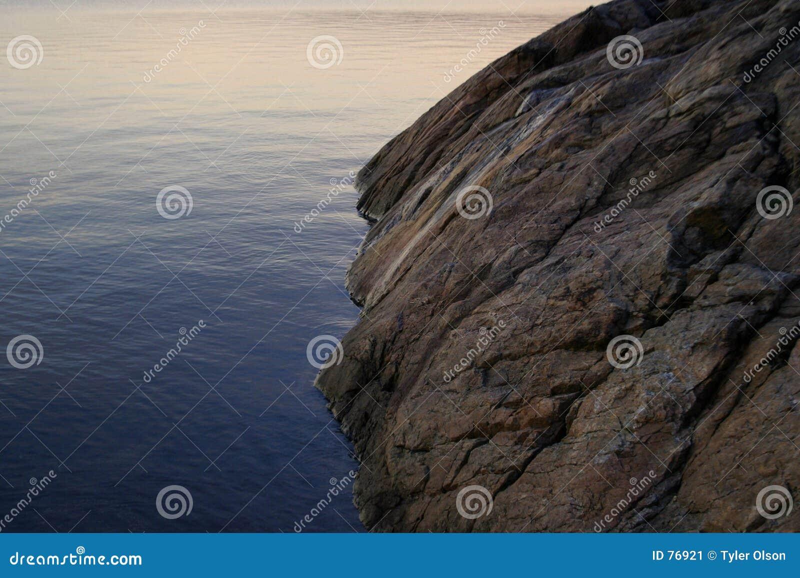утес океана