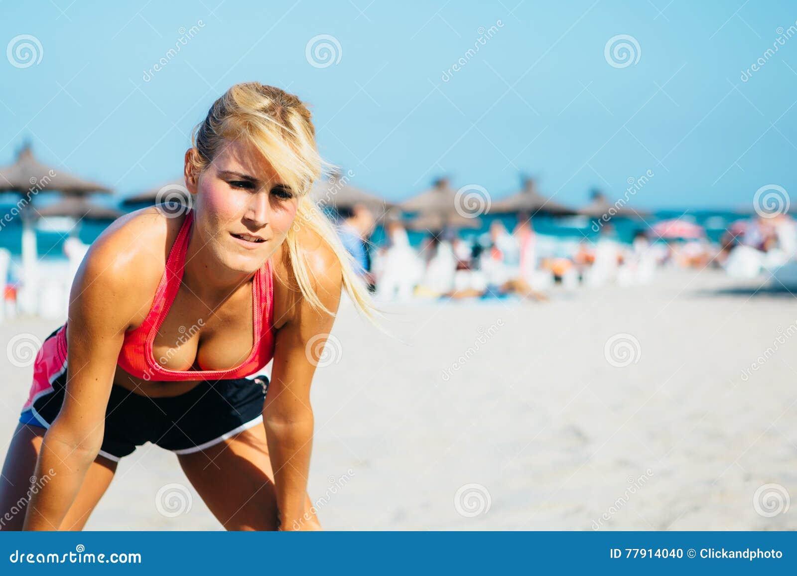 Сексуальная спортсменка фото, пизда крупным планом при ебле по русски с большими хуями