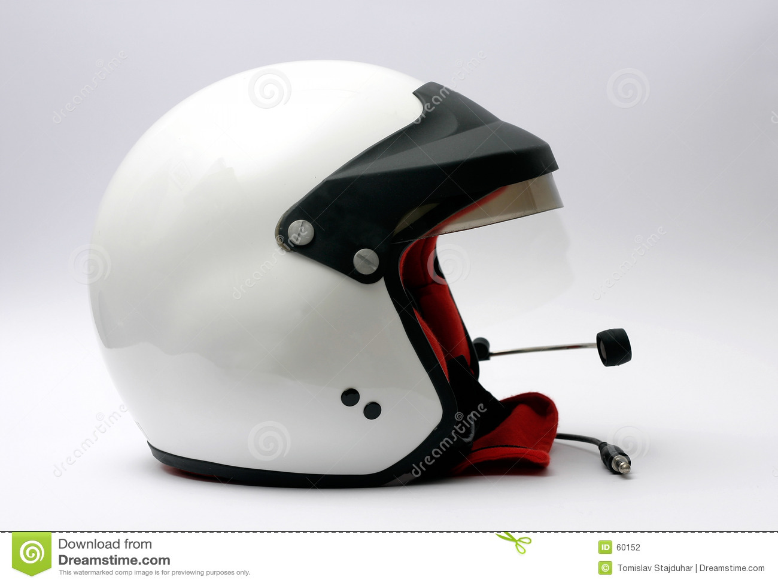 участвовать в гонке шлема автомобиля