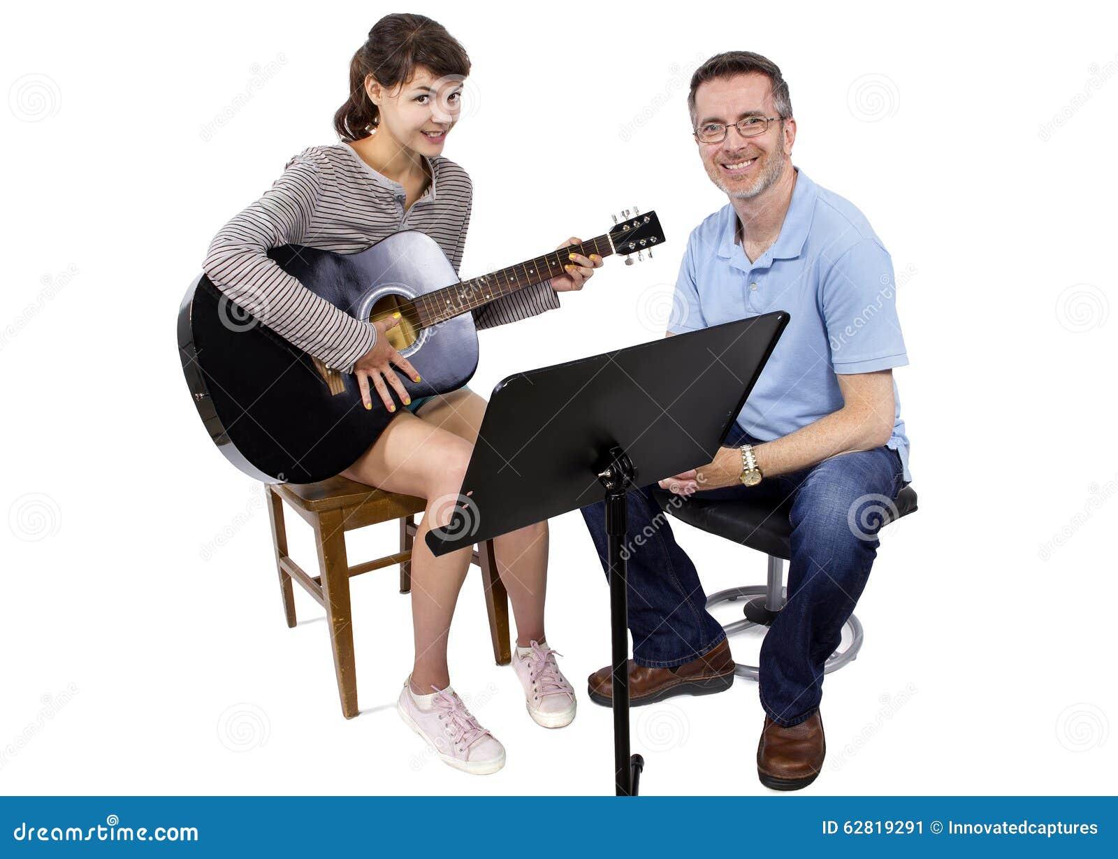 Учитель музыки и студент