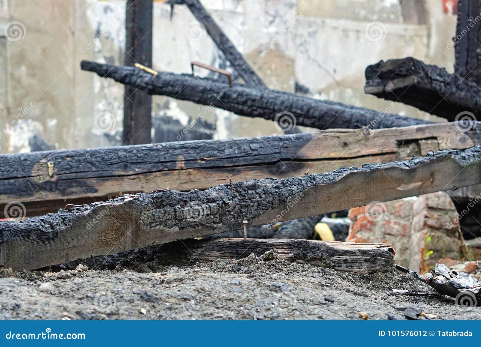 Ущерб от пожара луча