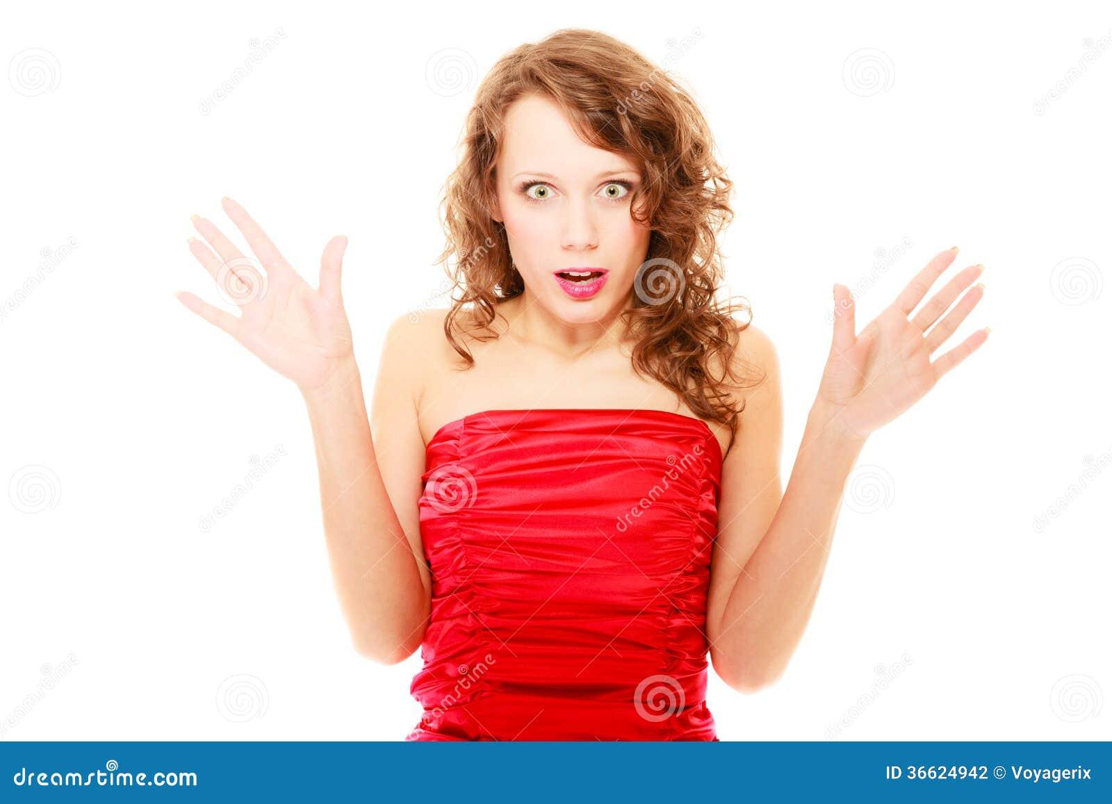 Удивленная женщина с ее руками в изолированном воздухе