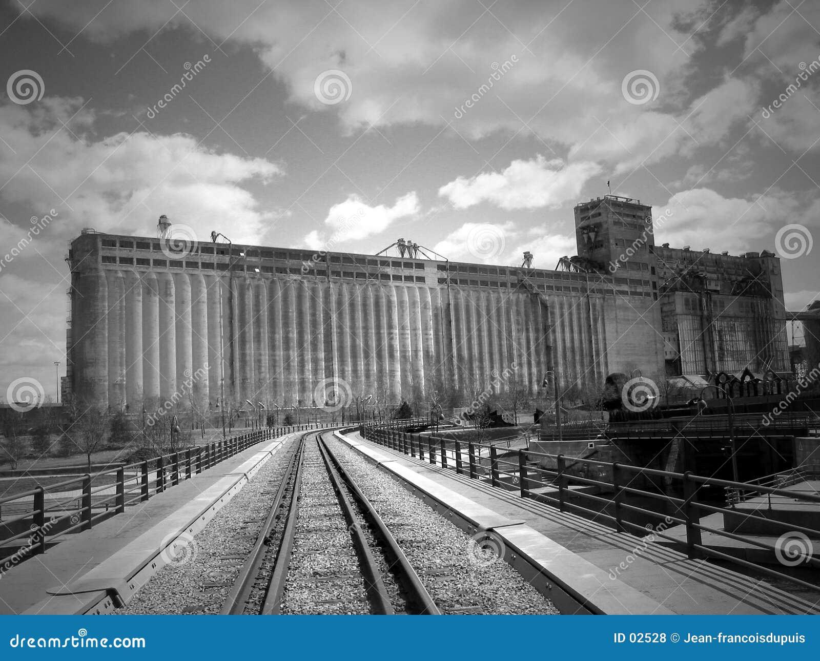 фабрика старая
