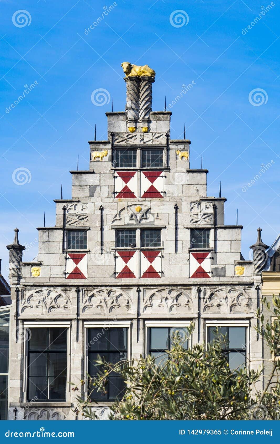 Фасад библиотеки Dordrecht, Нидерланд