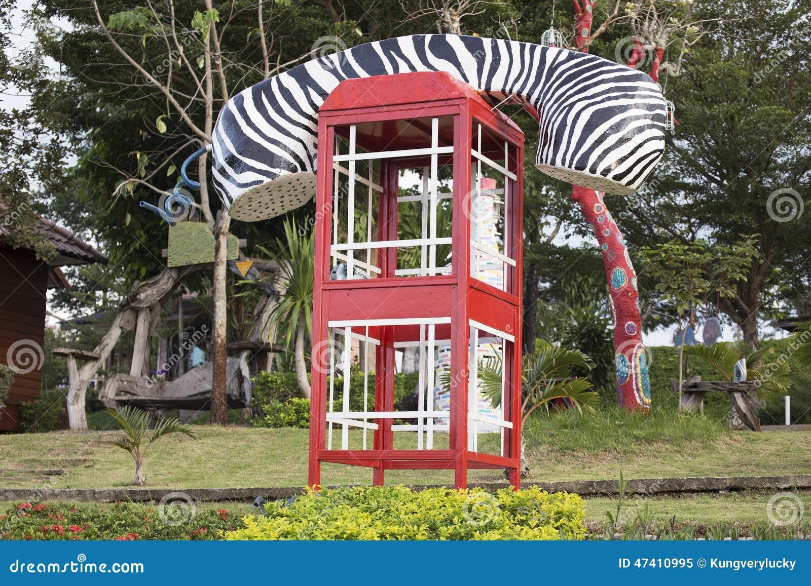 Фасонируемый таксофон переговорной будки или публики