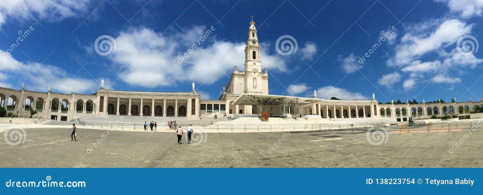 Фатима одна из самых важных католических святынь