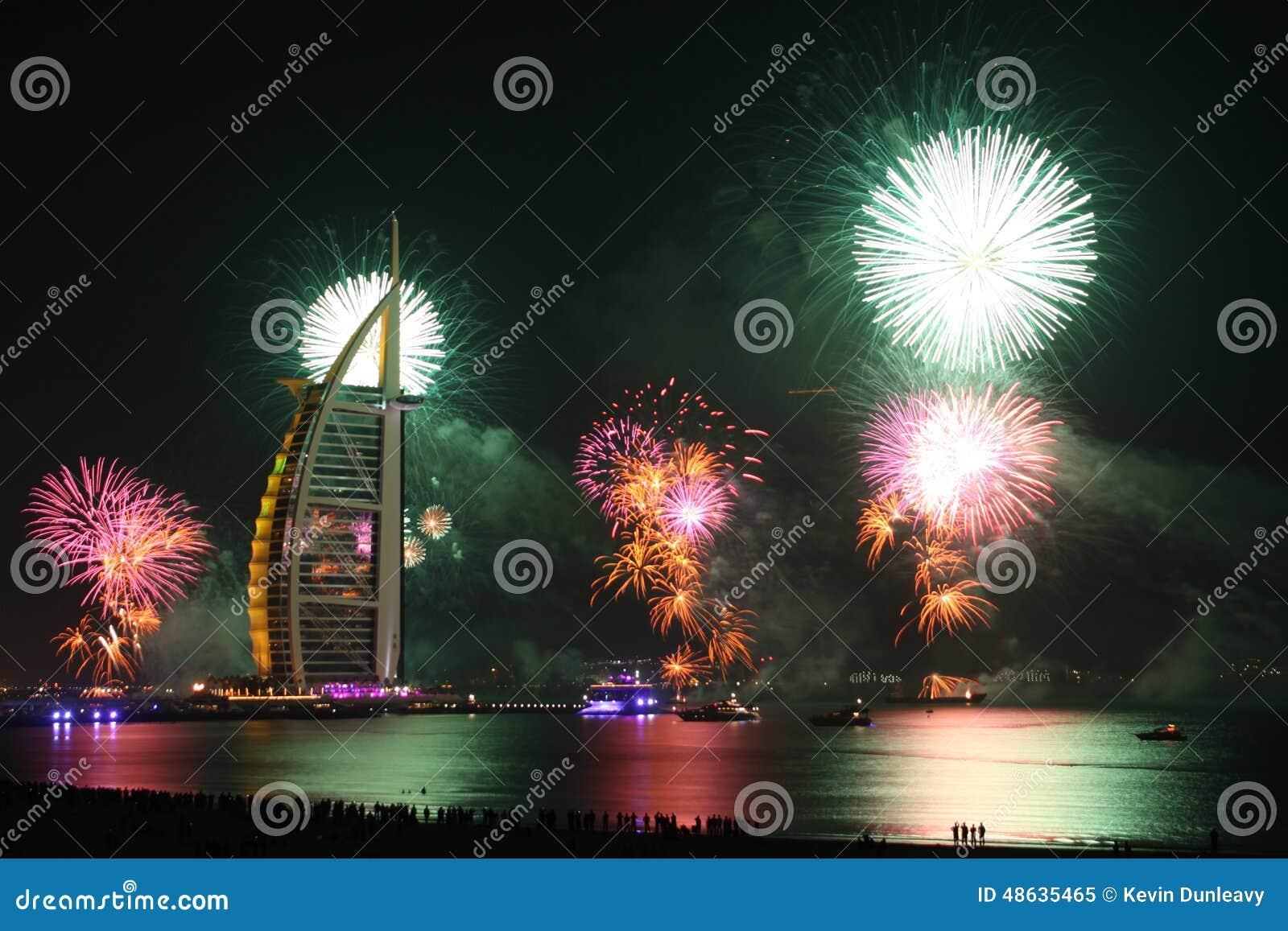 феиэрверки Дубай