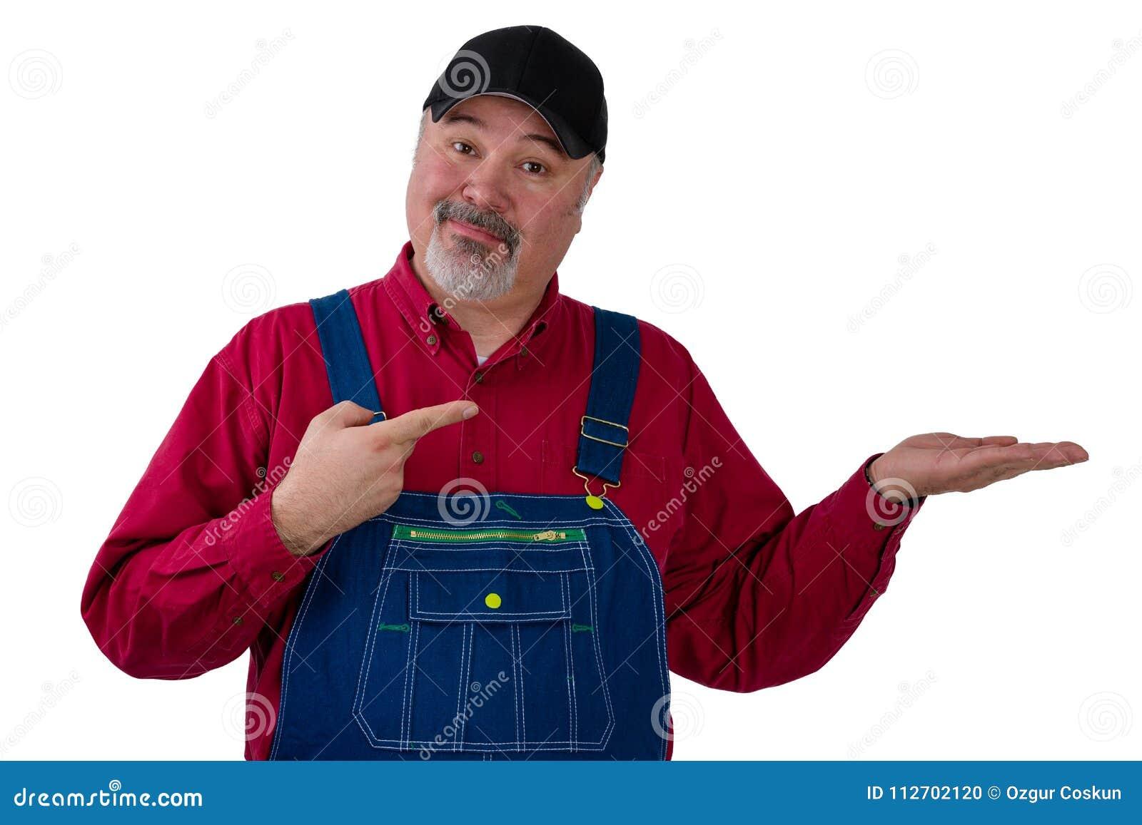 Фермер или работник указывая к его пустой руке