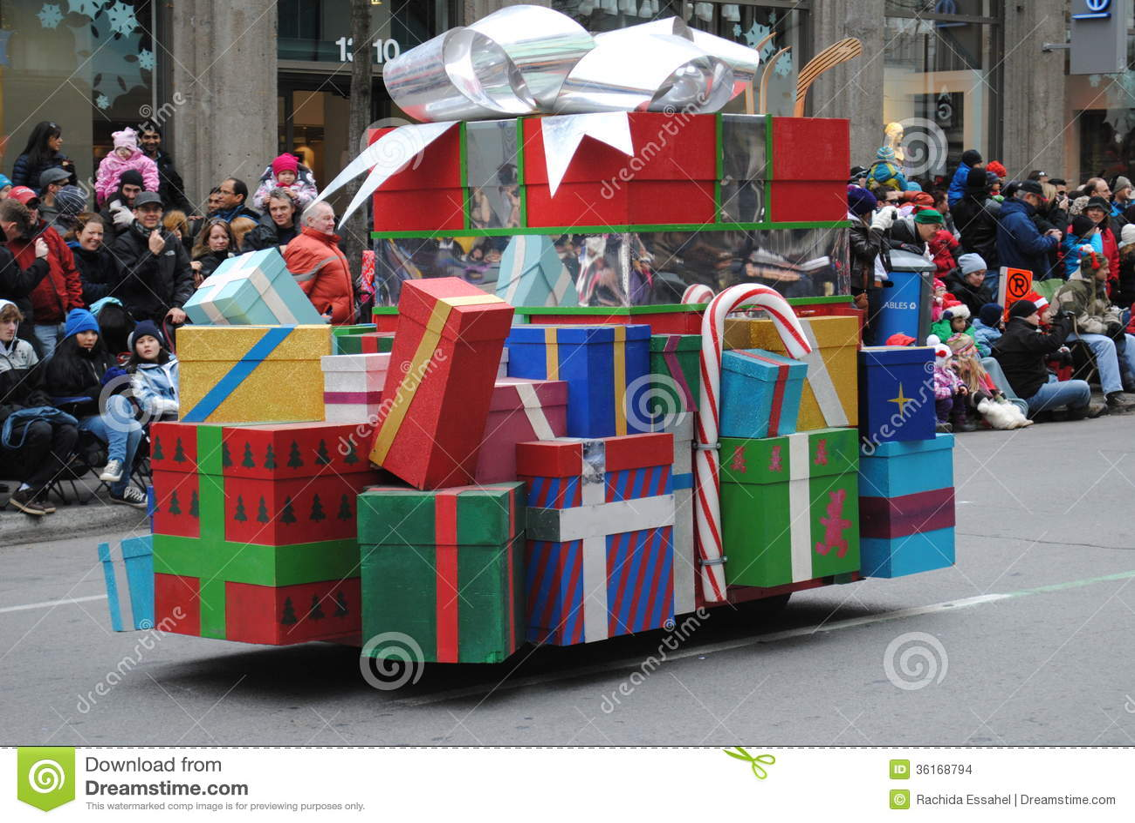 Фестиваль santa clous в Монреале