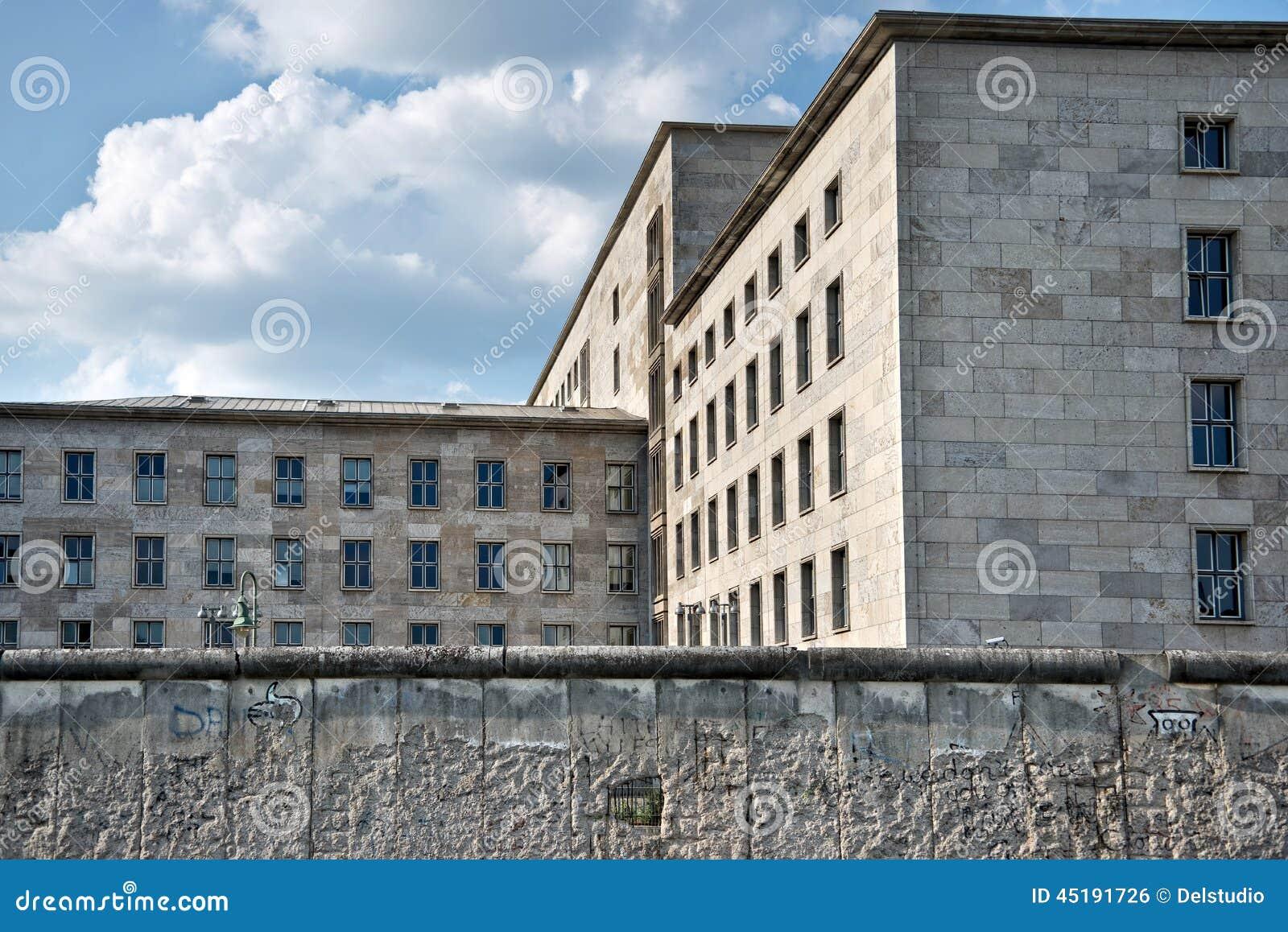 Федеральное Министерство финансов за стеной Берлина, Германии