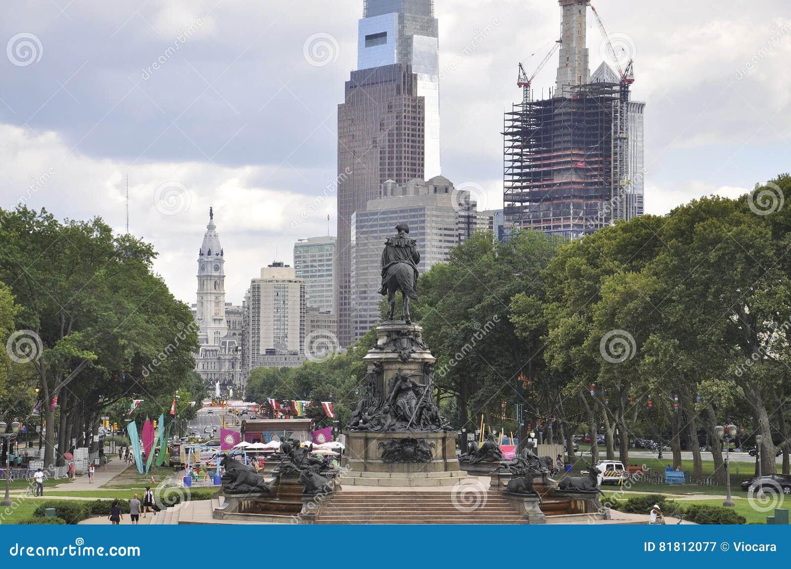 Филадельфия, 4-ое августа: Бульвар Бенджамина Франклина от Филадельфии в Пенсильвании