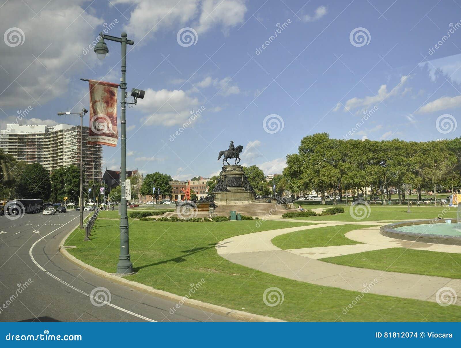 Филадельфия, 4-ое августа: Памятник Вашингтона в овале Eakins от Филадельфии в Пенсильвании