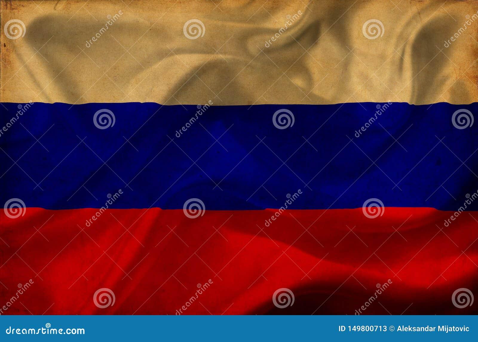 Флаг России развевая