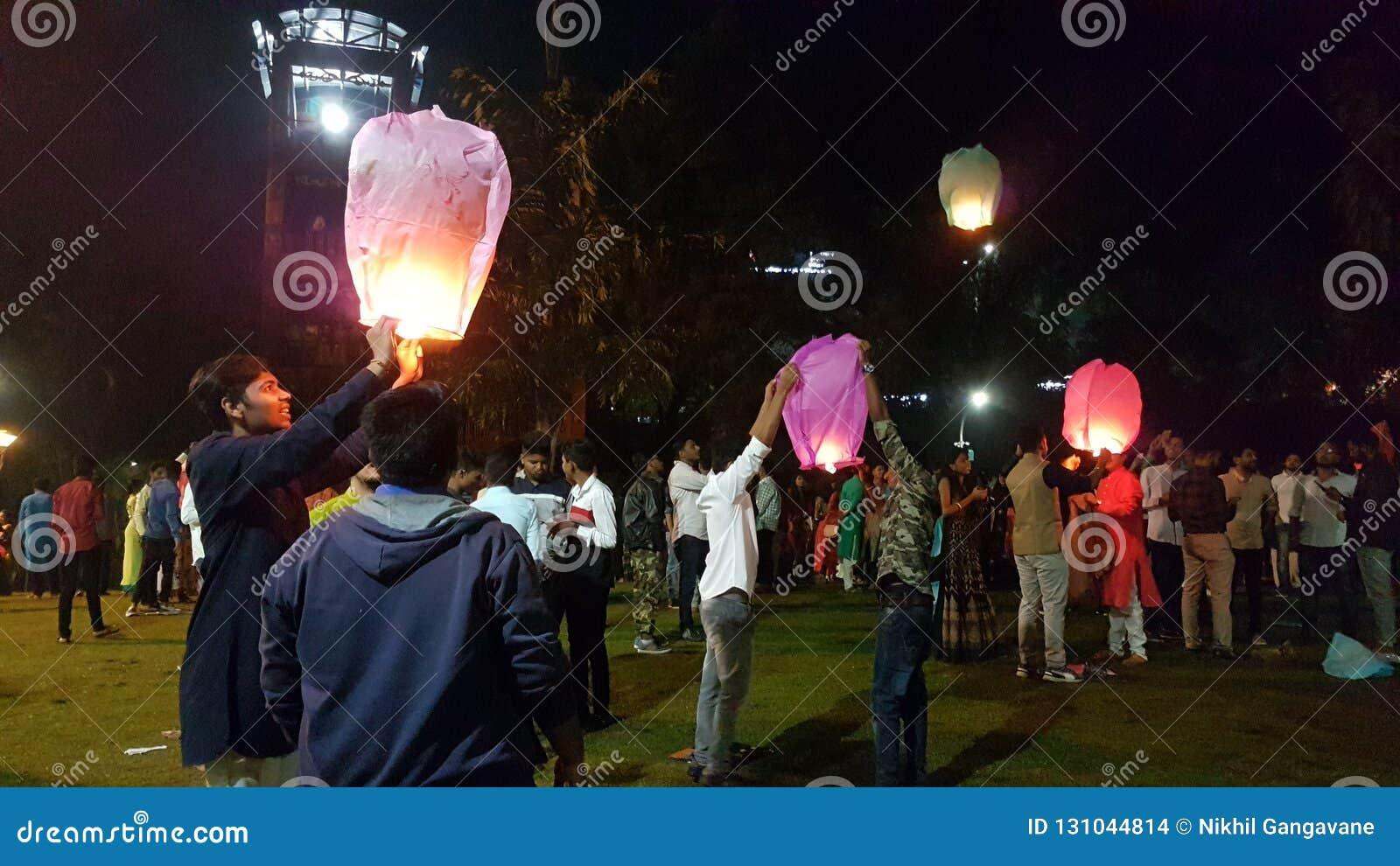 Фонарики Diwali китайца