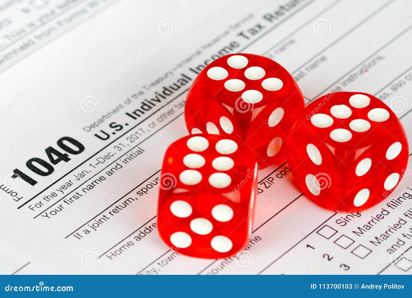 Форма 1040 налоговой декларации с красным цветом 3 dices