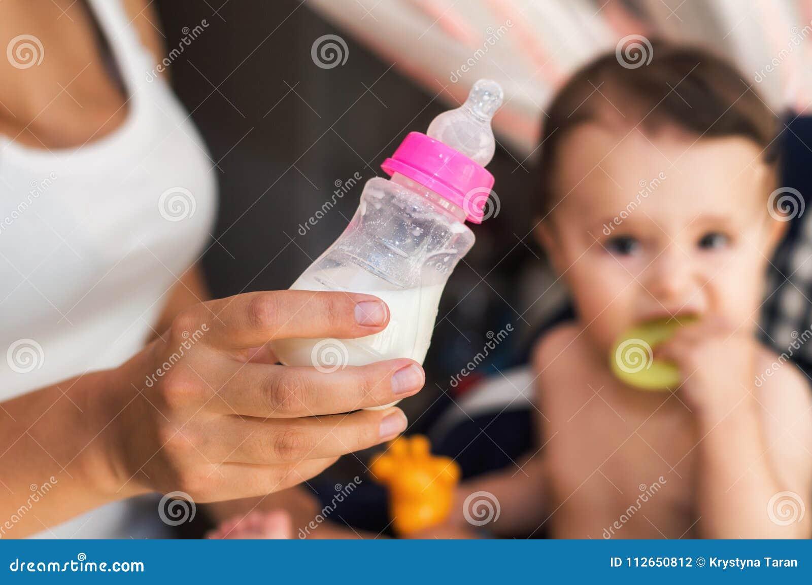 Формула молока младенца