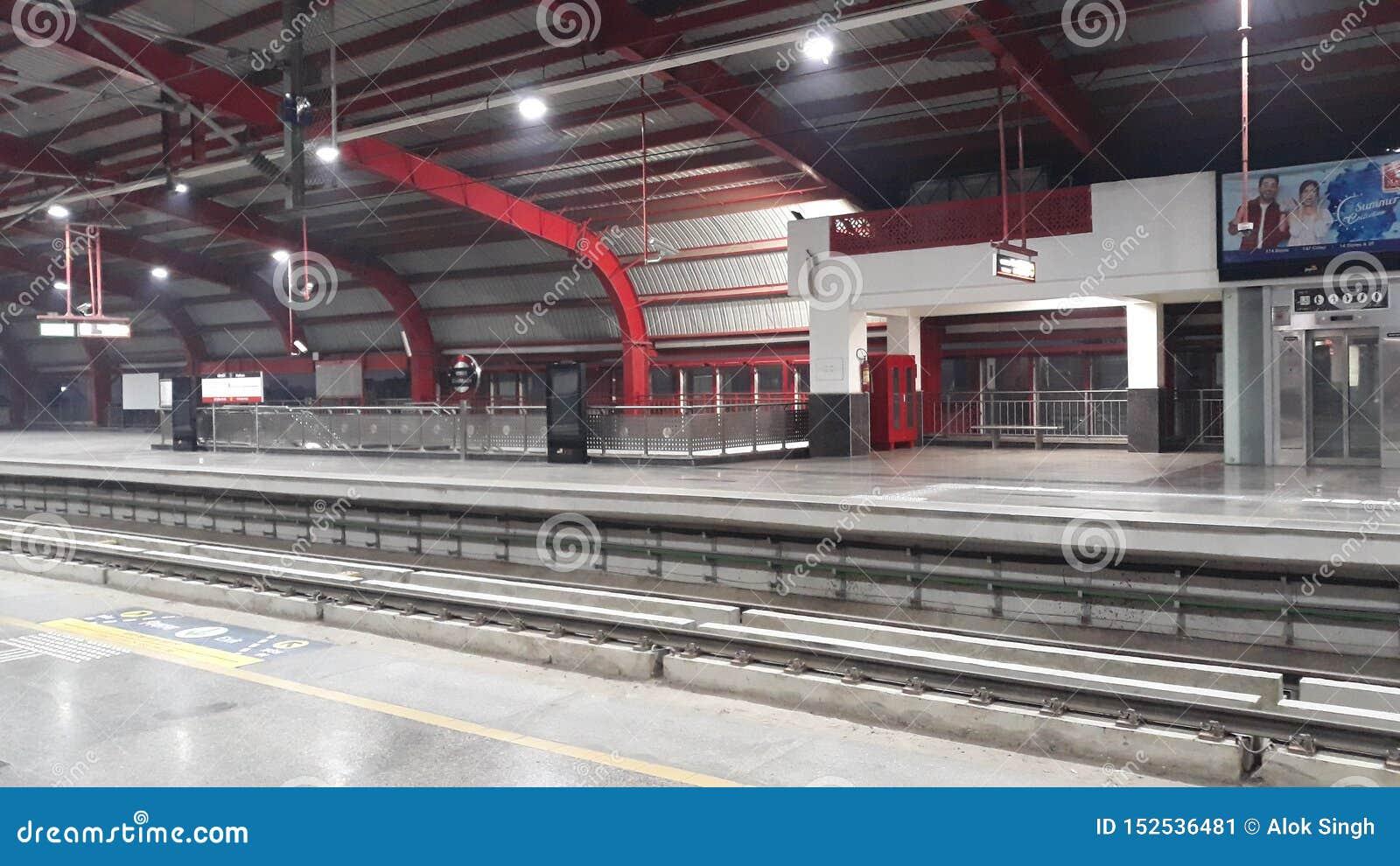 Фото станции метро
