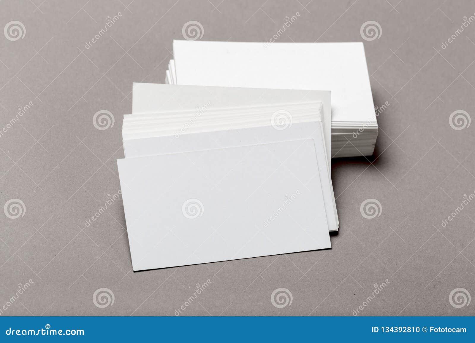 Фото стога визитных карточек Шаблон для затаврить тождественности