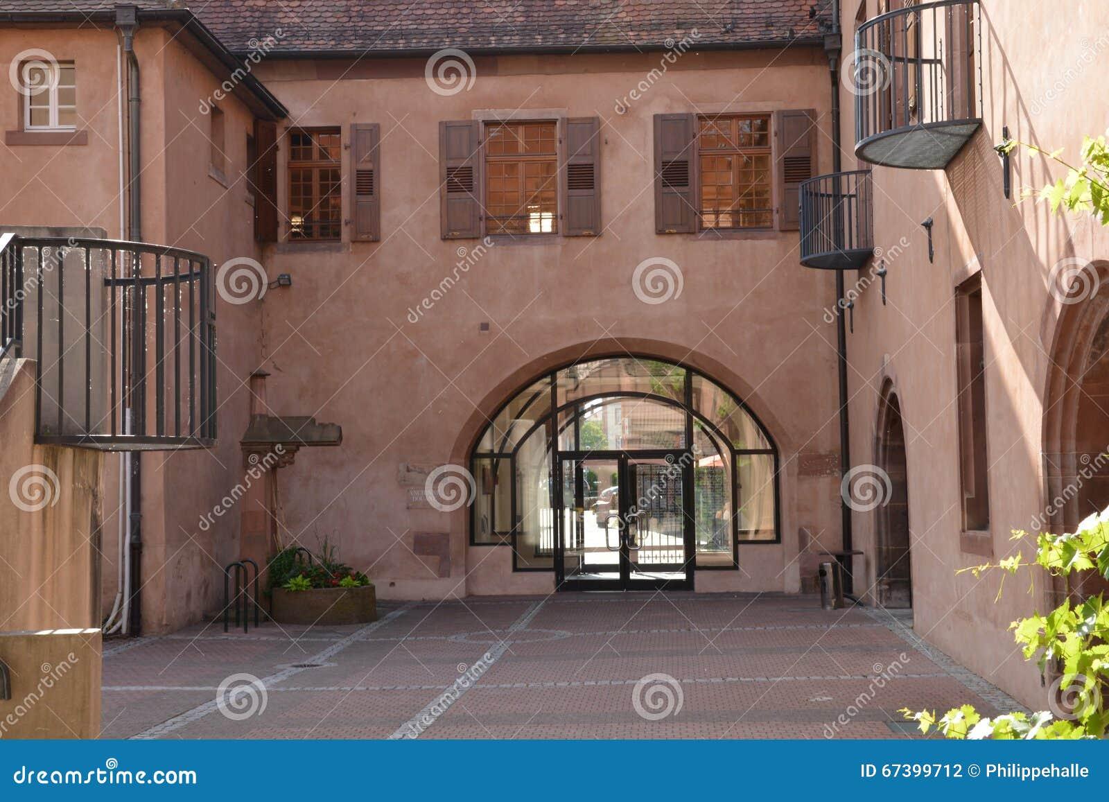 Франция, живописный город Haguenau в rhin bas