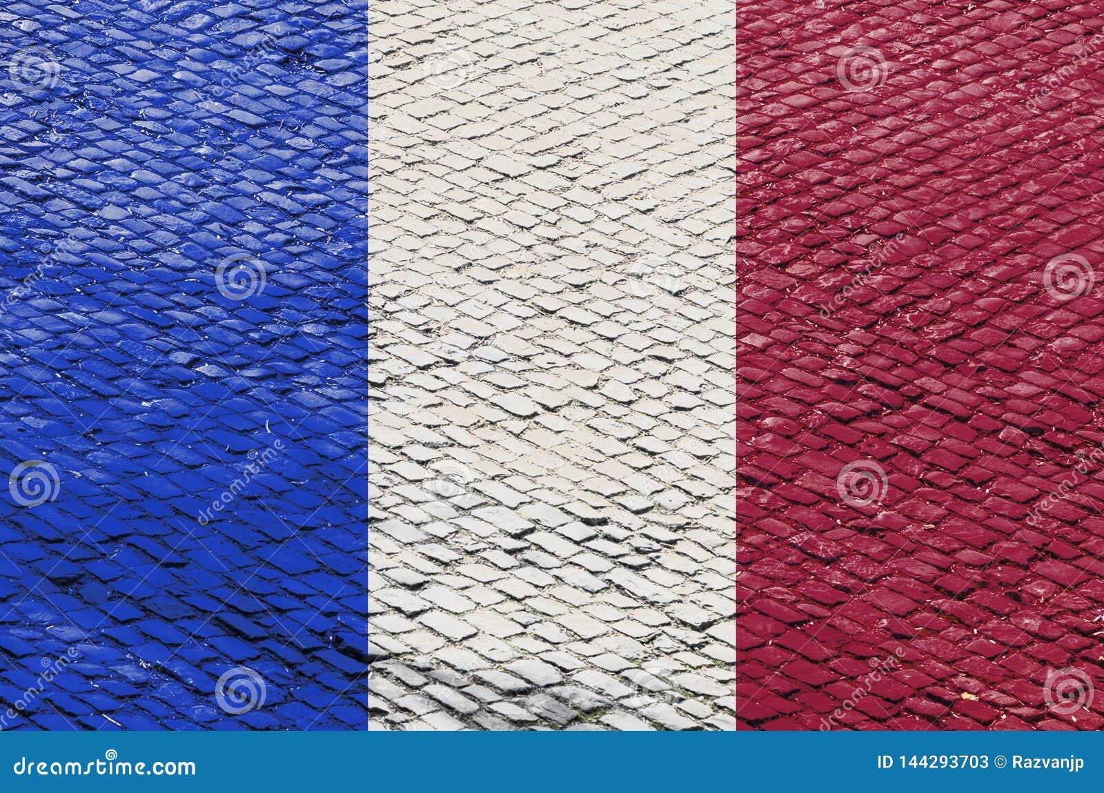 Французский флаг на картине дороги булыжника