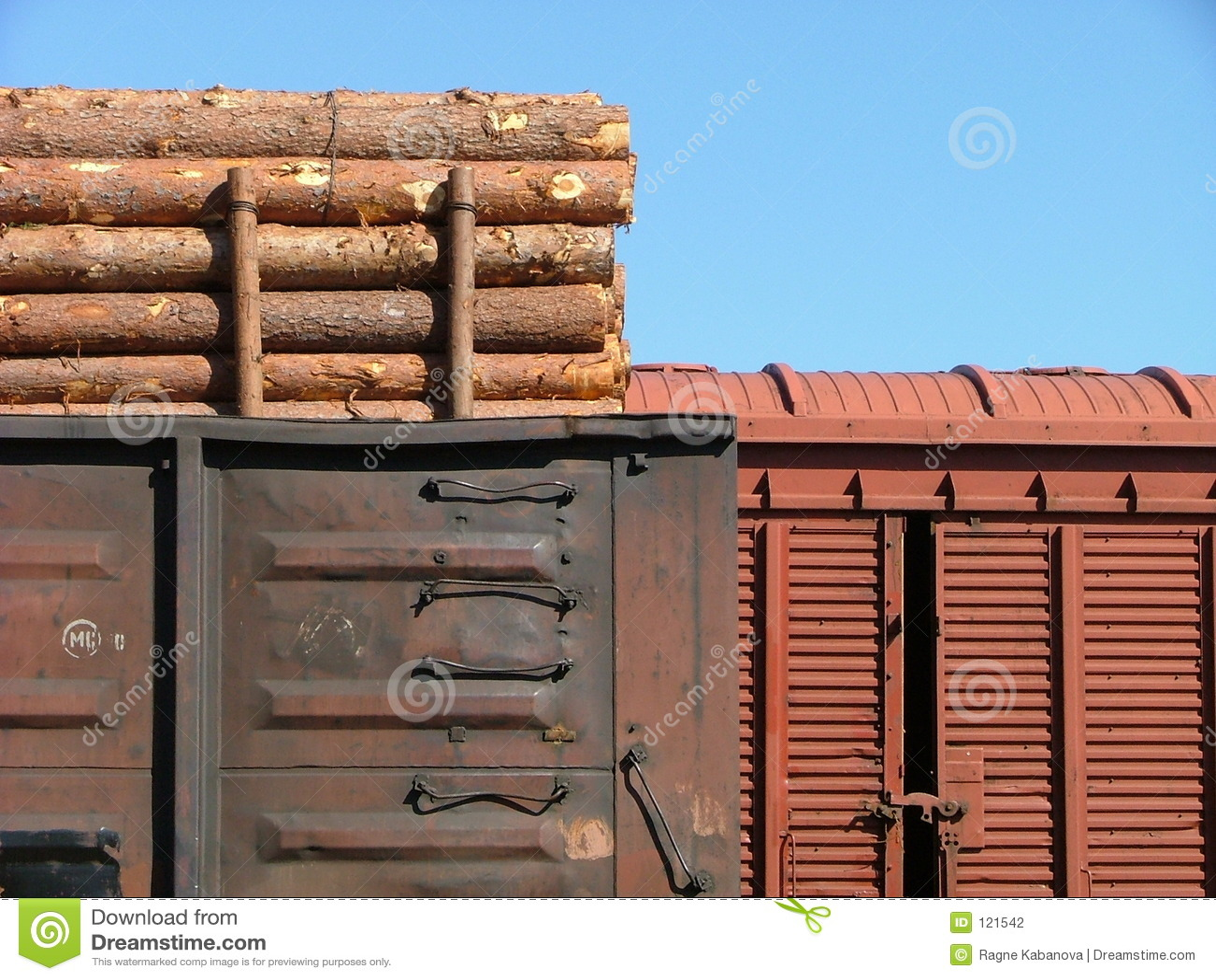 фуры поезда грузовой станции