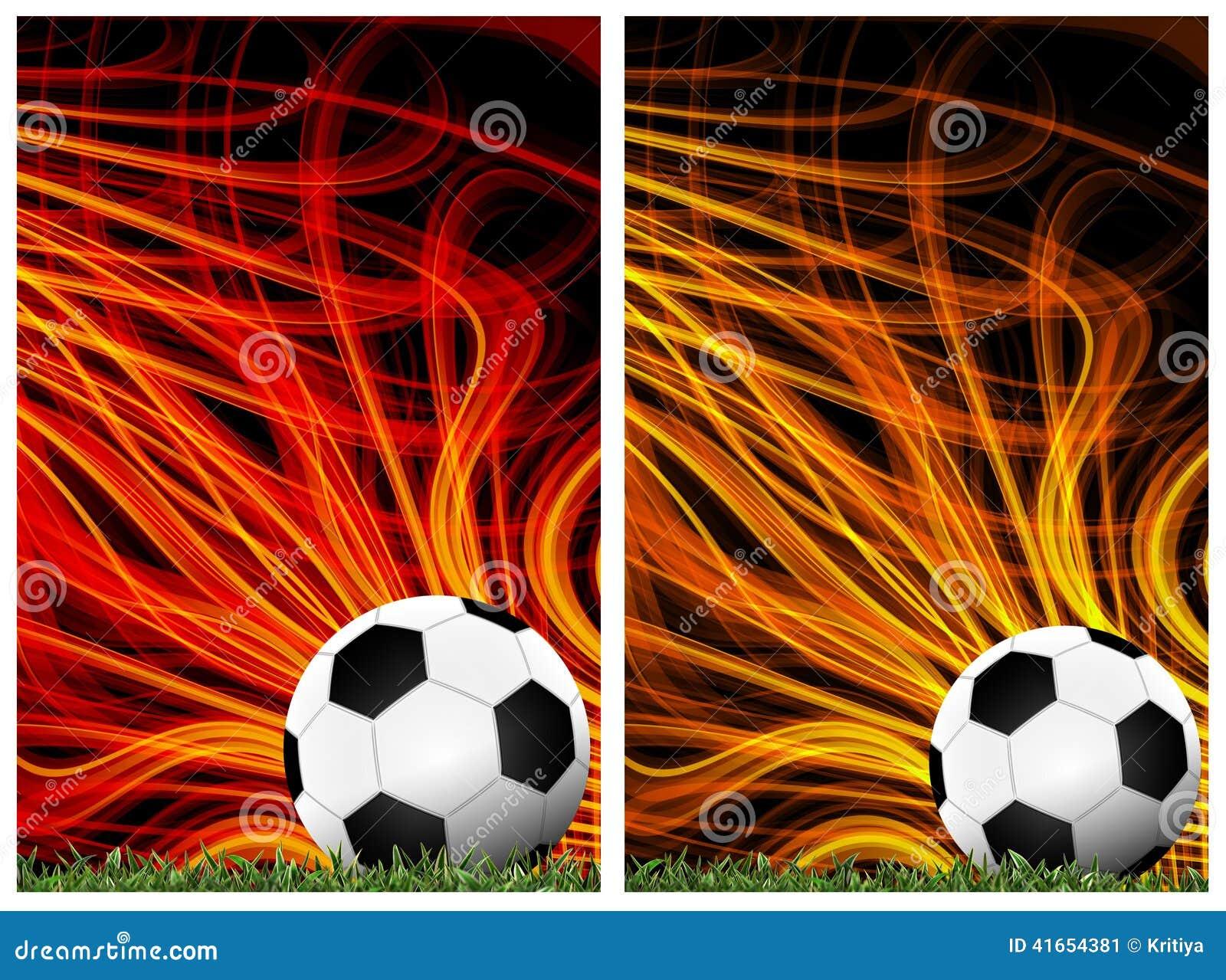 Футбол в зеленой траве с предпосылкой красочной
