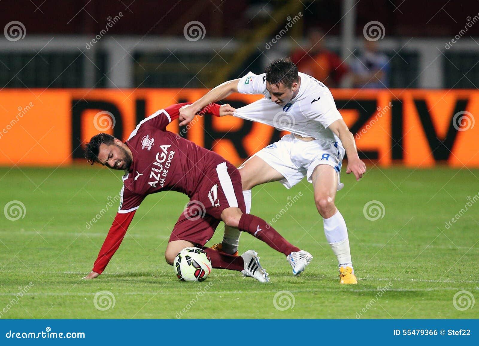 Футбол или футболисты в действии