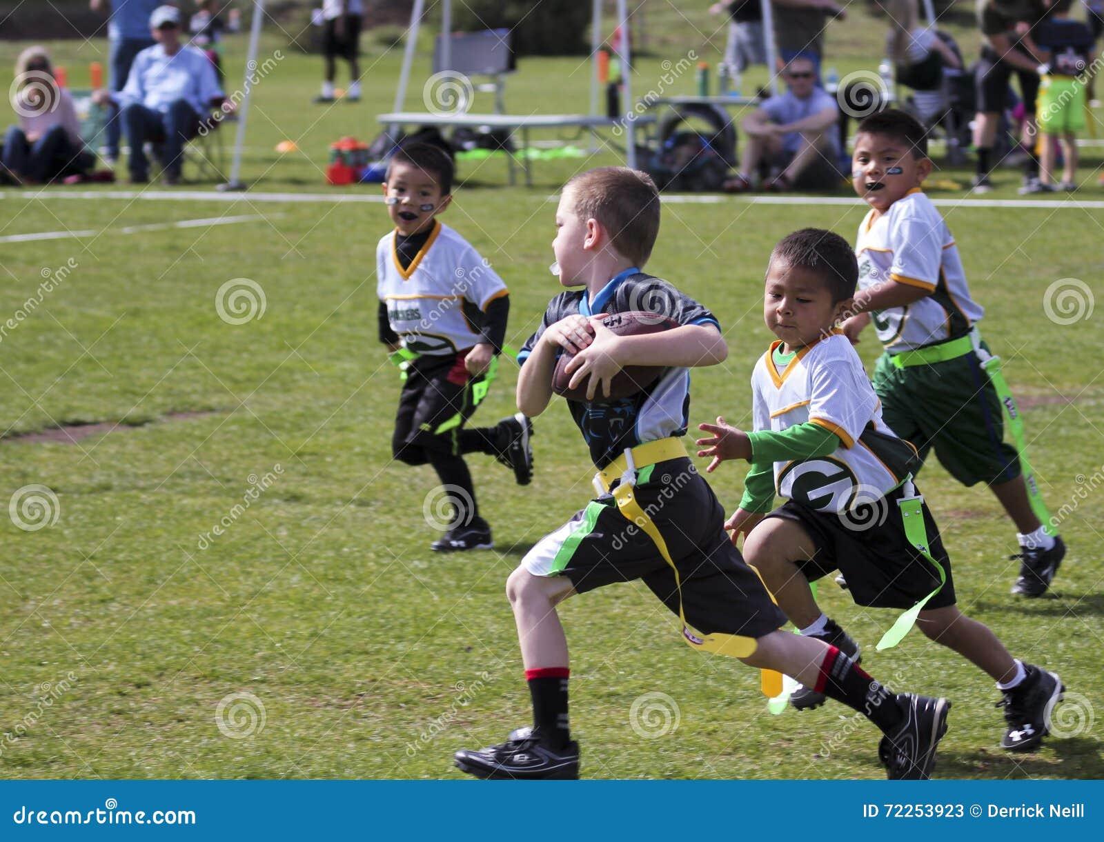 Футбольная игра флага на 5 до 6 год - olds