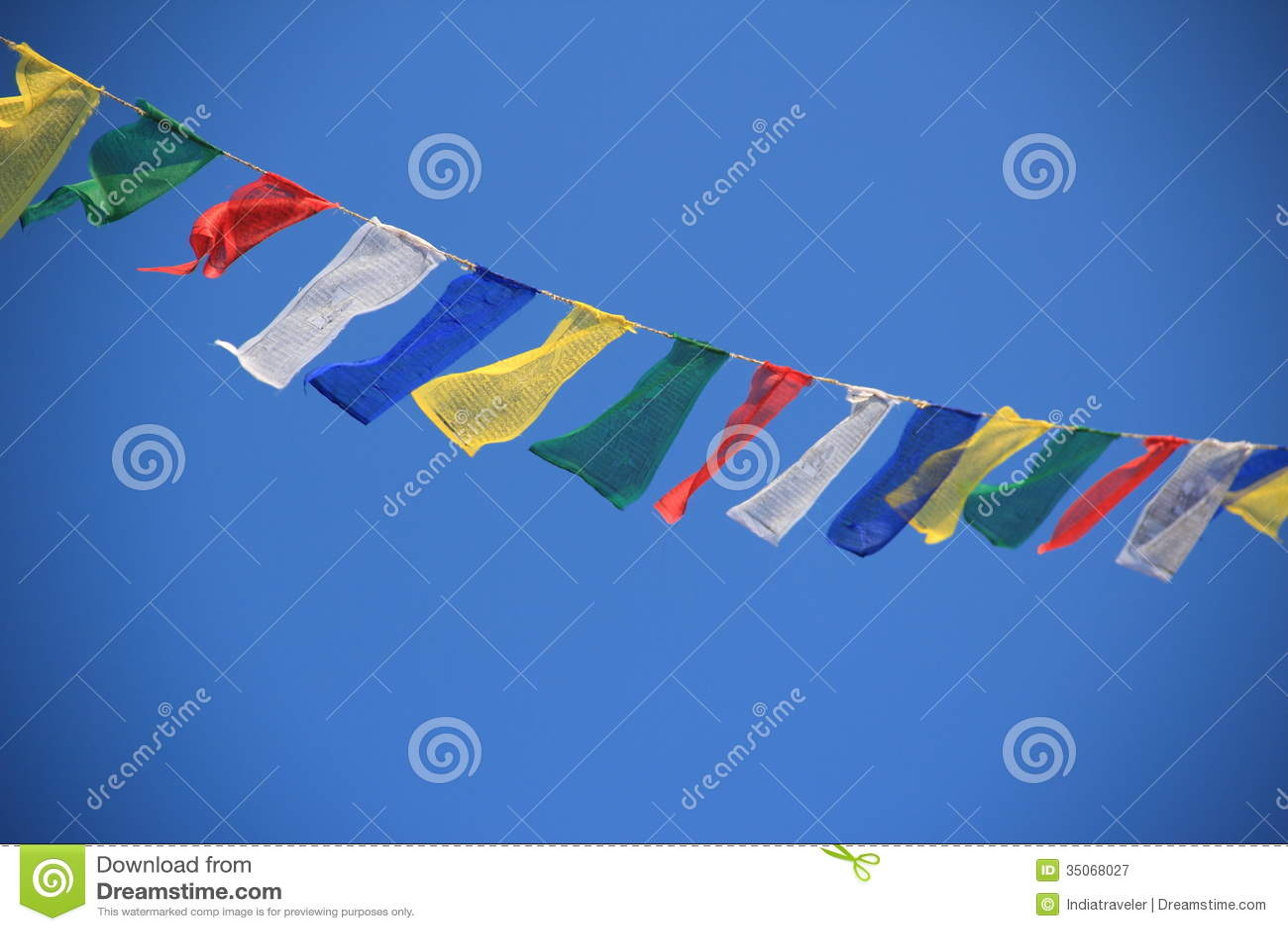 Флаги молитве в Непале.