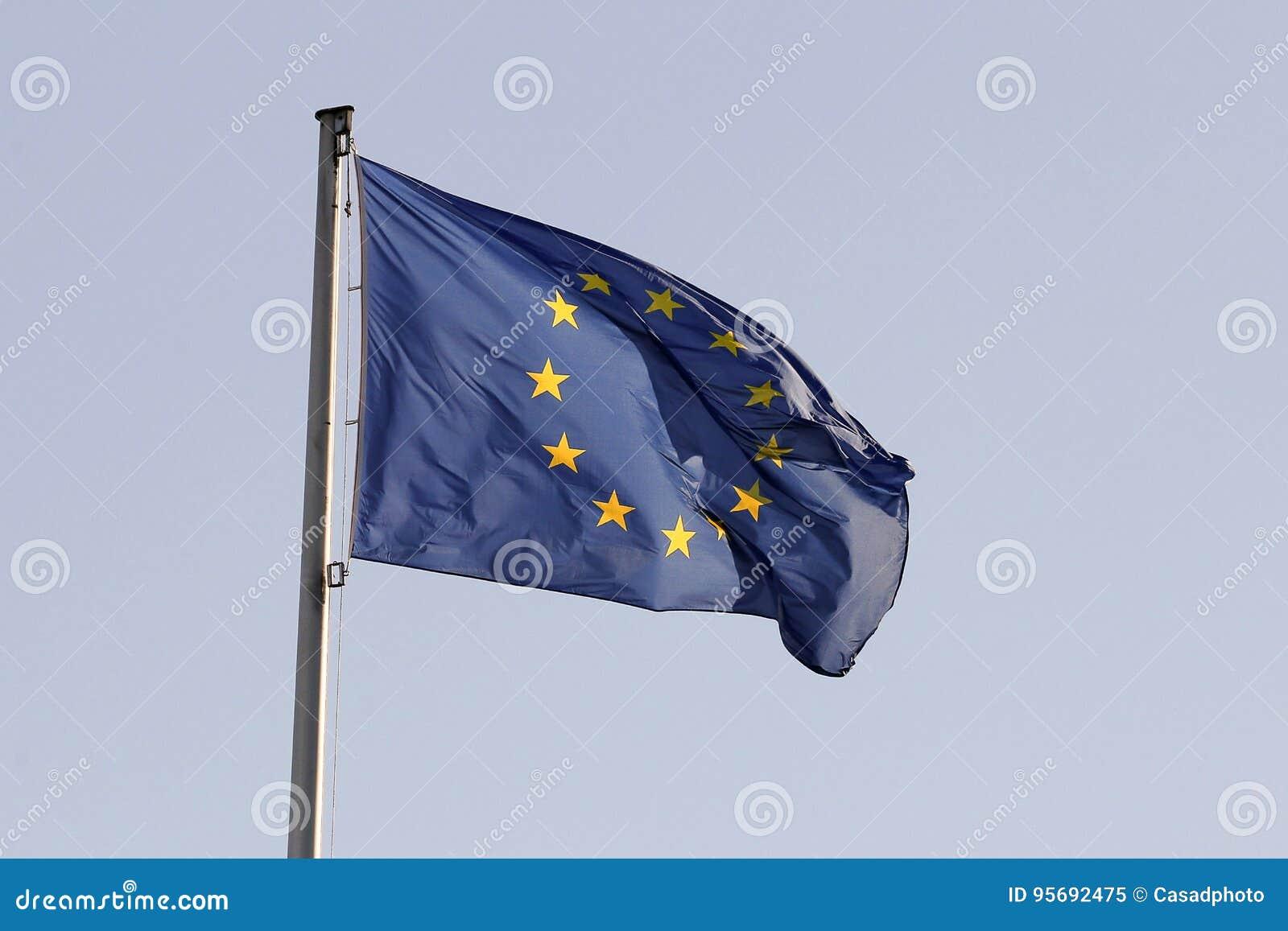 Флаг UE
