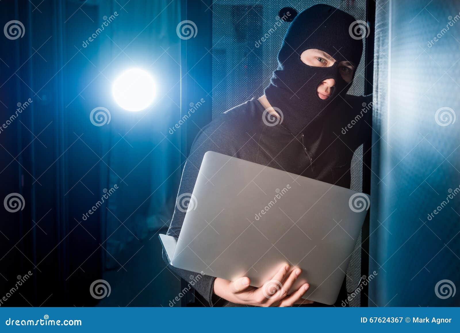Хакер в datacenter