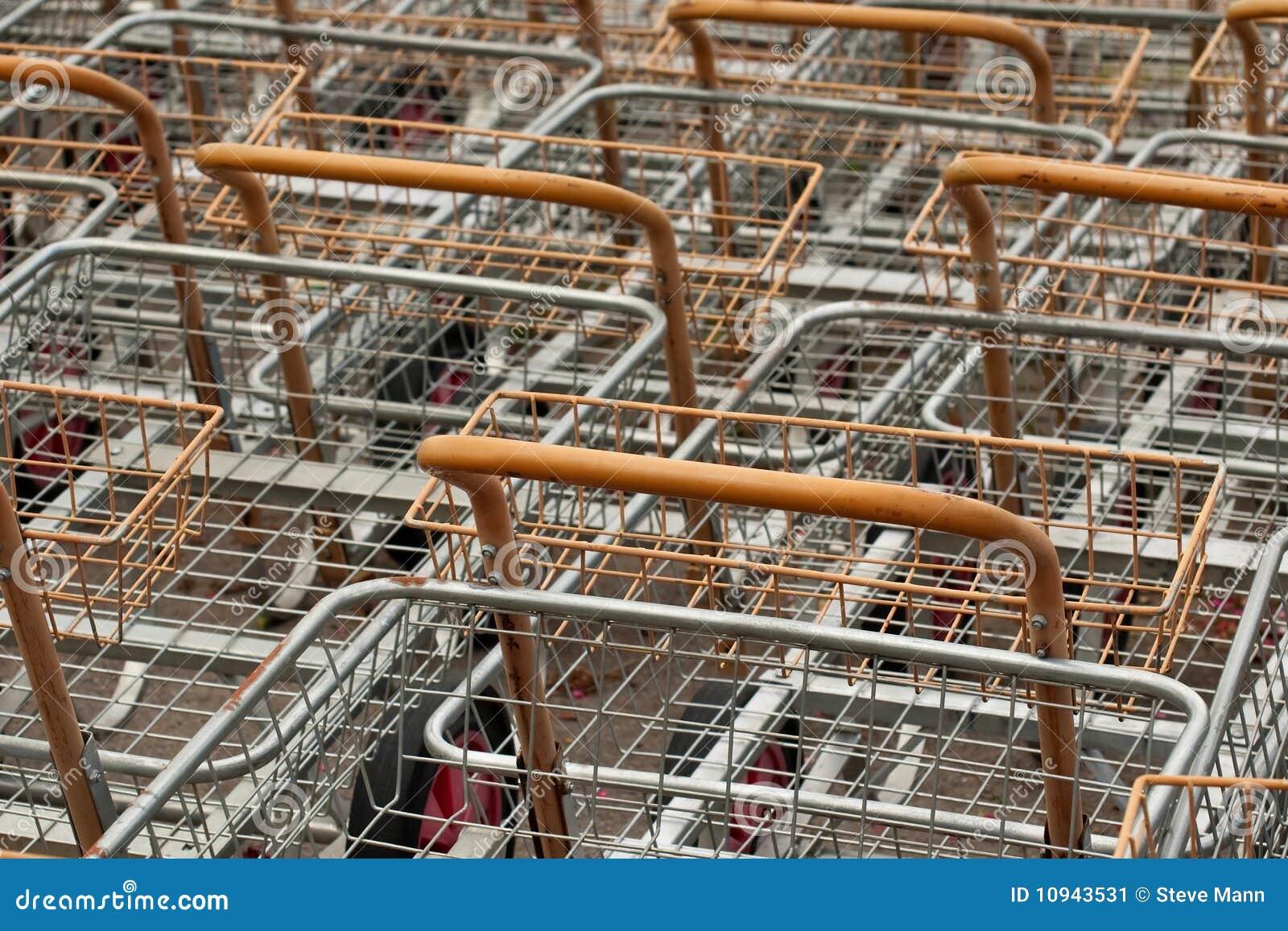ходить по магазинам тележек
