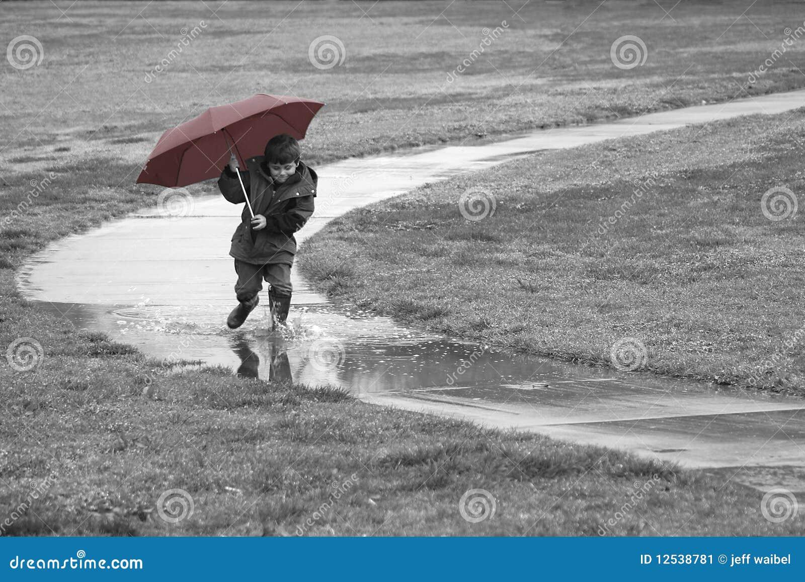 ход дождя мальчика