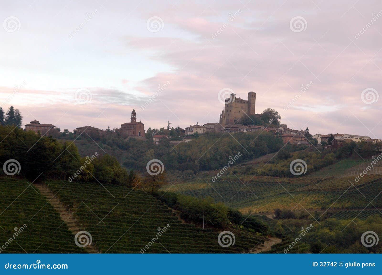 холмы сельской местности итальянские