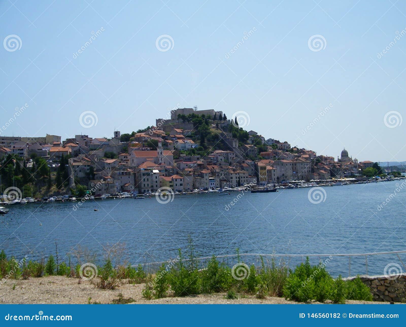 Хорватия, старый город около Адриатического моря