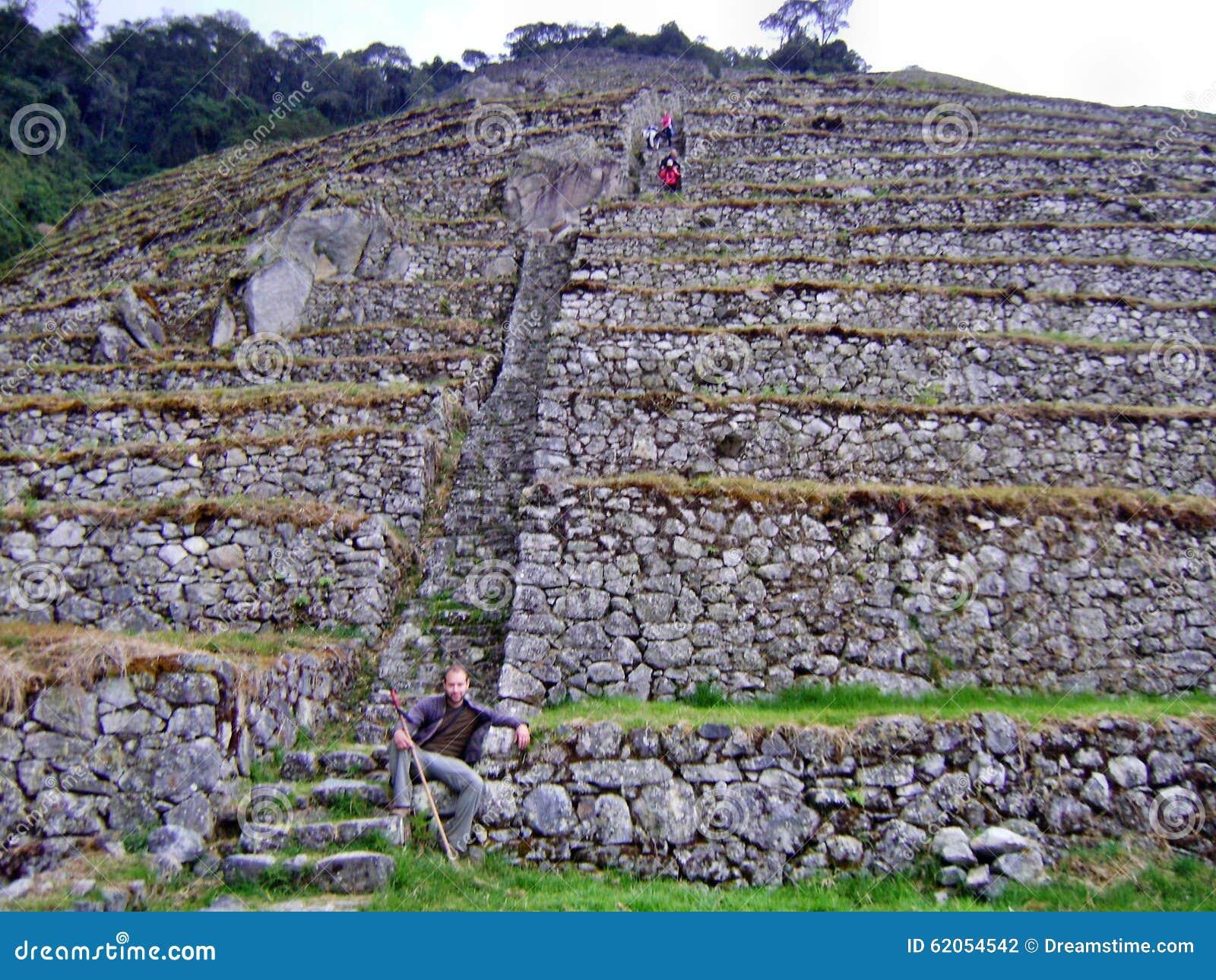 Холм камня следа Inca