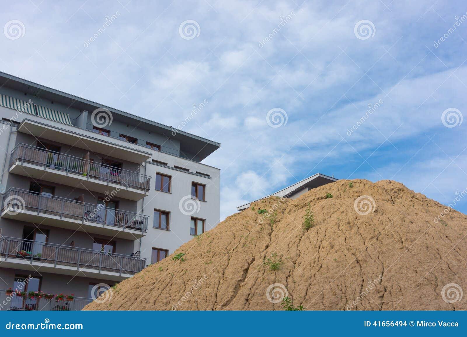 Холм песка