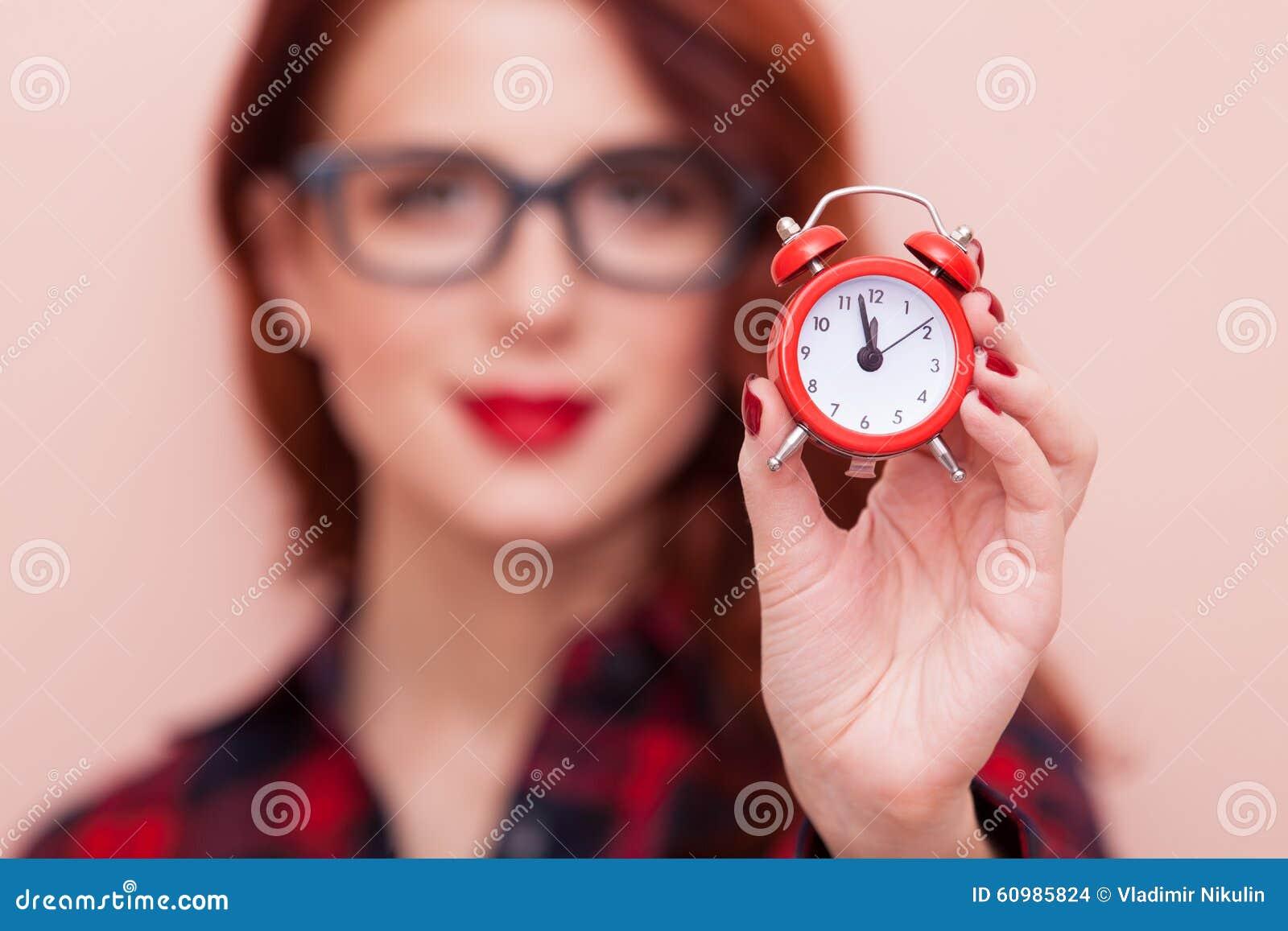 Фото девушек с датой и временем