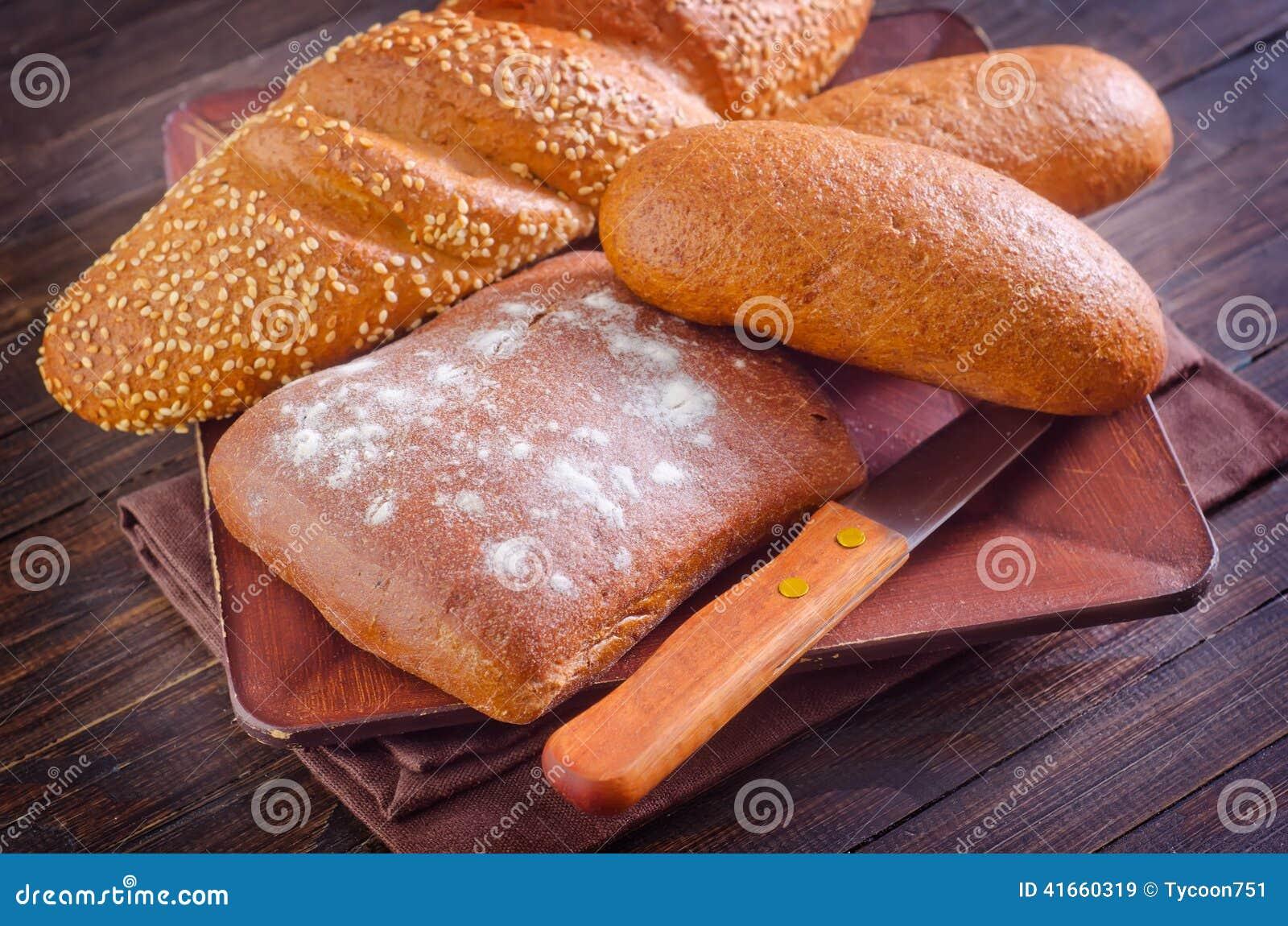 хлеб свежий