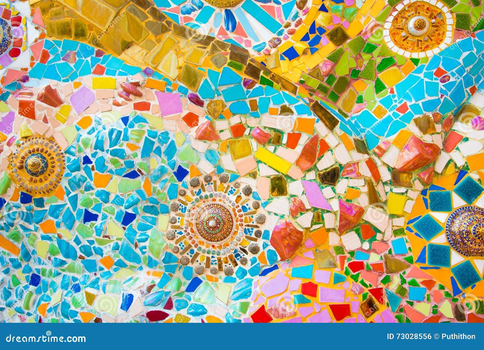 цветастая стена мозаики