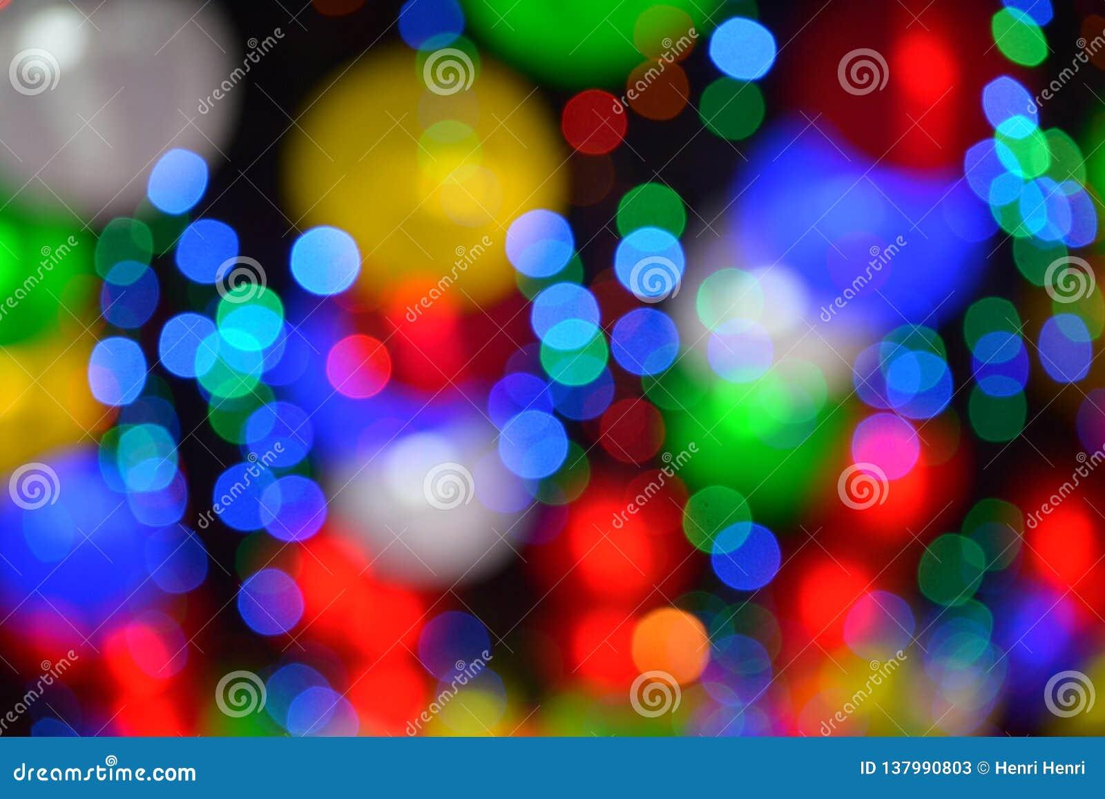 Цветастые расплывчатые света