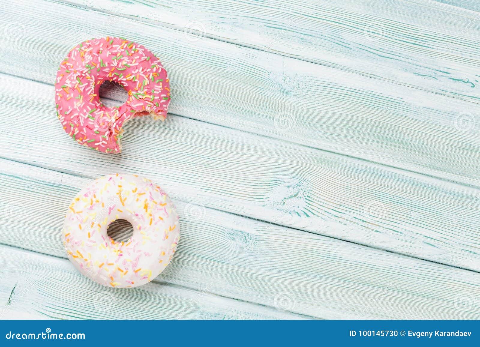 цветастые donuts